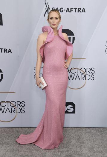 SAG Awards 2019 Best Dressed: Yara Shahidi, Emily Blunt, and Chadwick Boseman